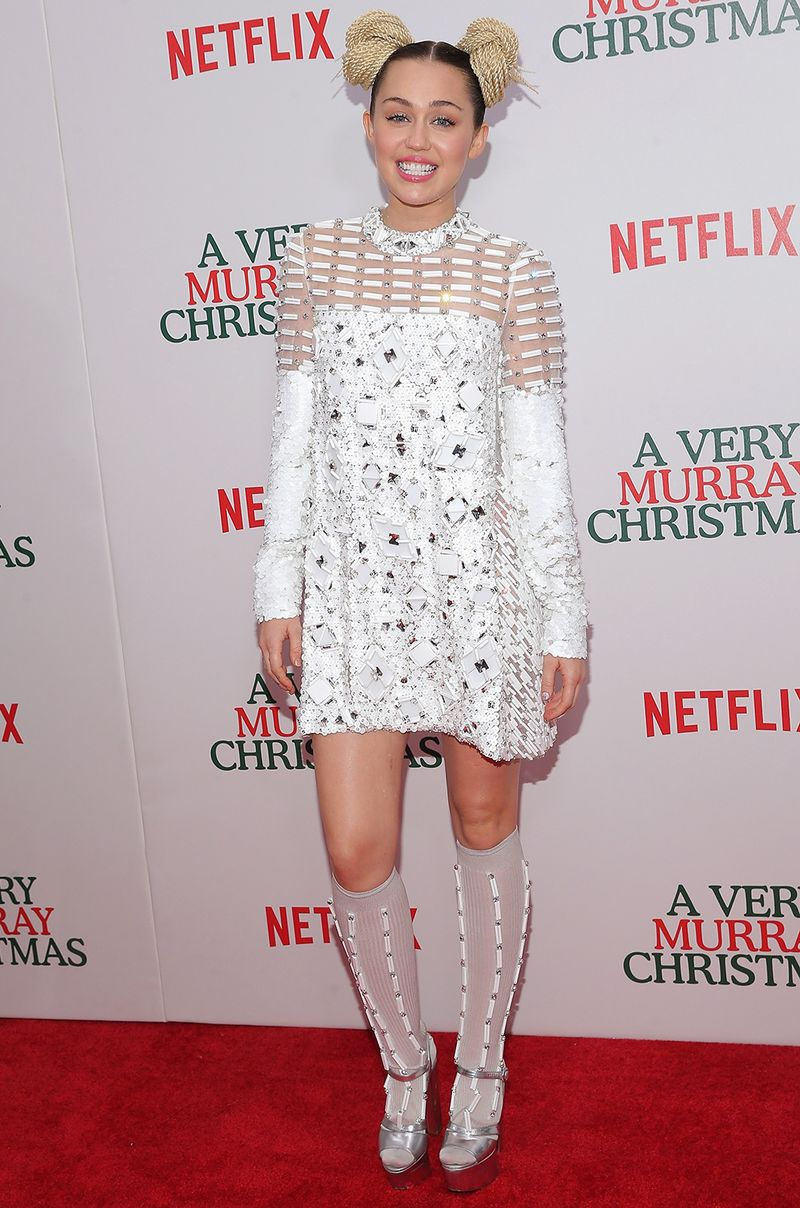 This Is What Miley Cyrus Wore On Her Last Red Carpet 4eva