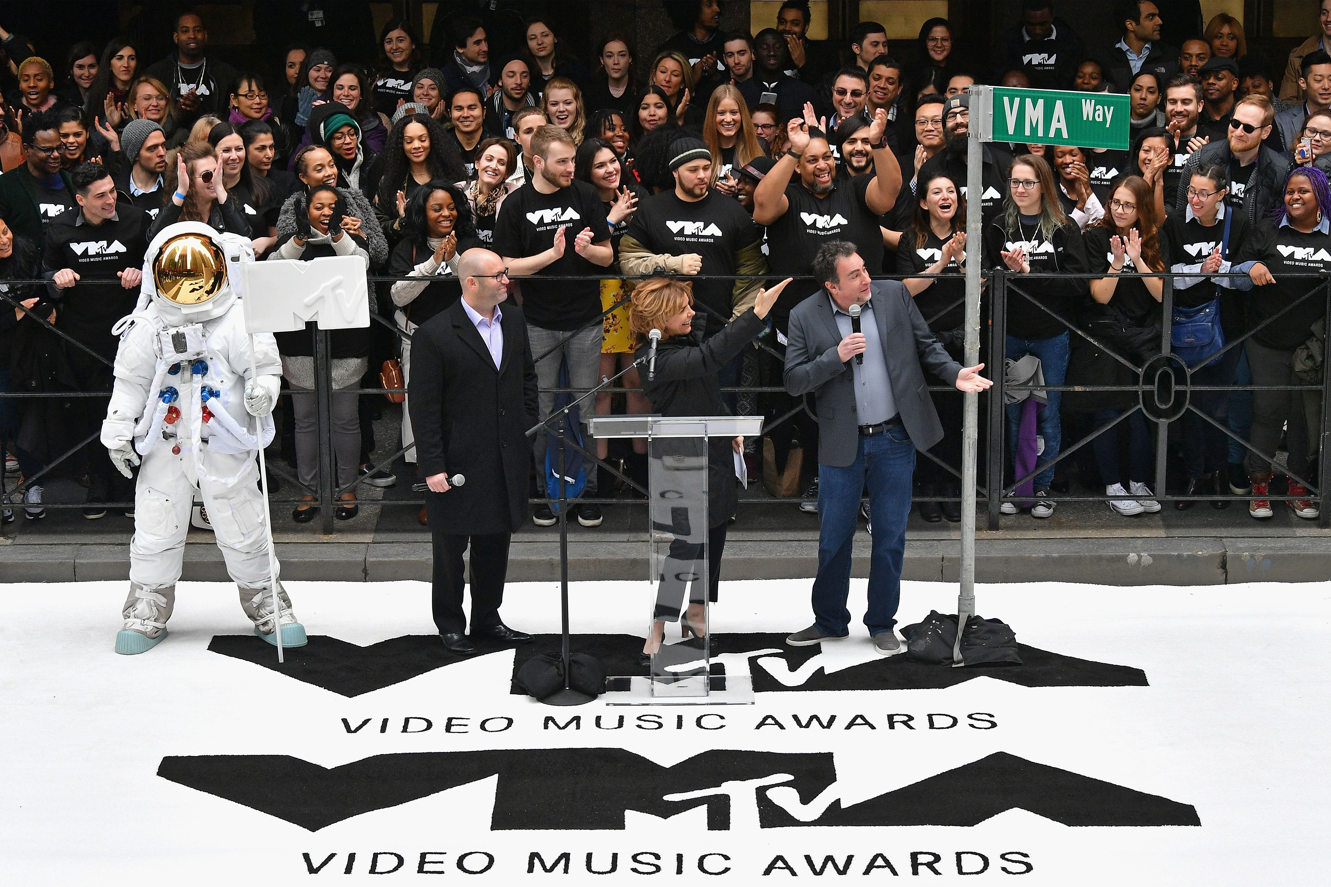 MTV's Video Music Awards heading back to NY